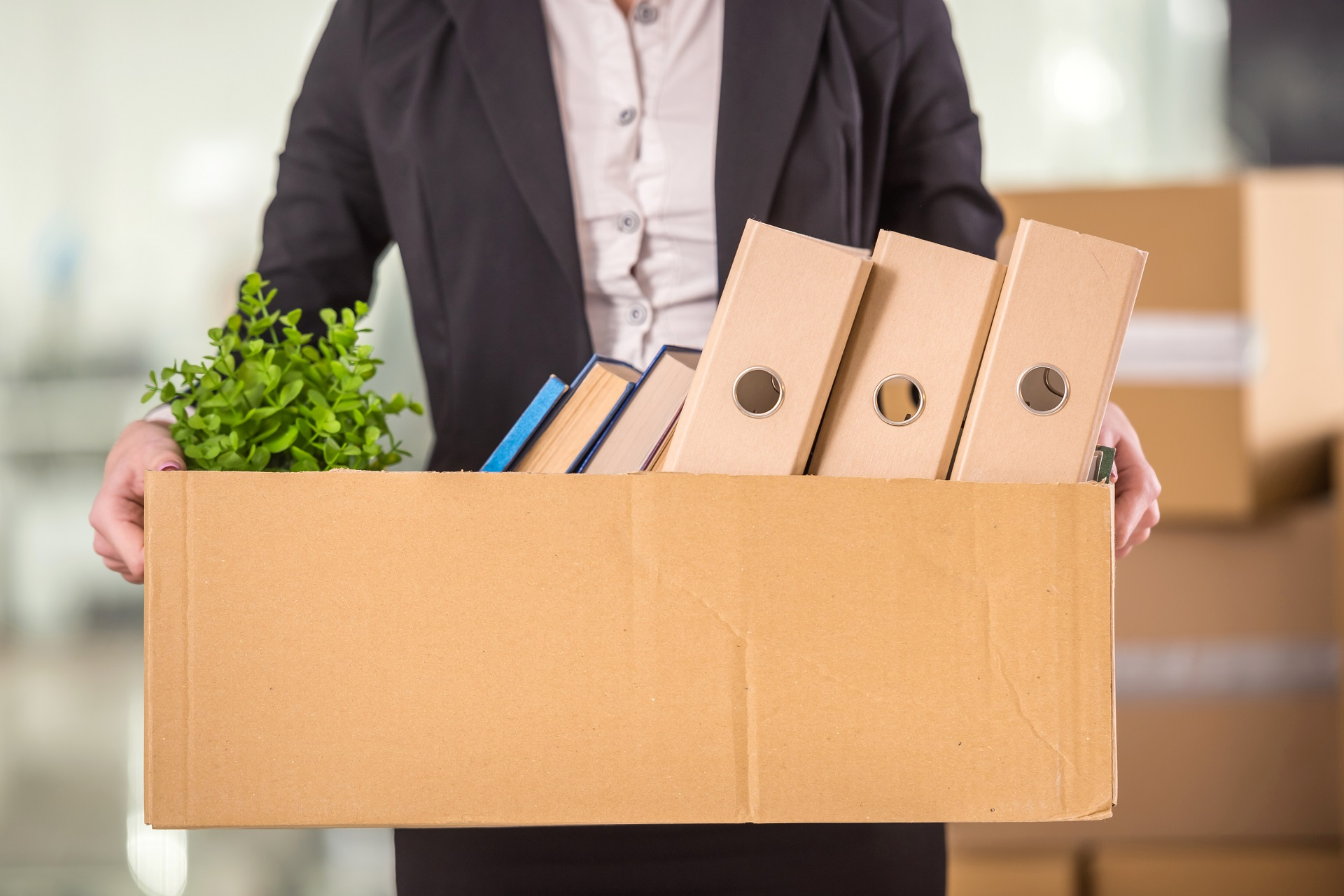 How to deal with a key employee leaving your business - blog