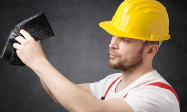 Tradies! Here's how to maintain your cash flow