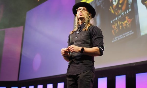 Magician Cosentino at MYOB Partner Connect 2018